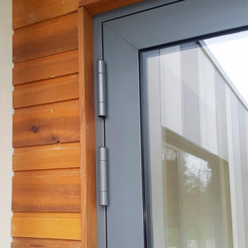 Aluminium door hinges