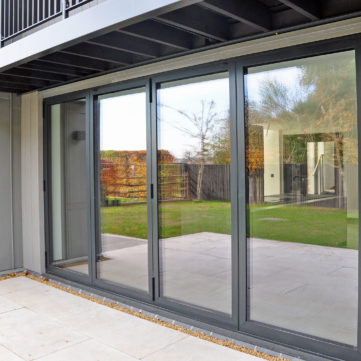 CF77 Folding door open out
